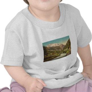 Jungfrau and Lauterbrunnen, Bernese Oberland, Swit Tee Shirt