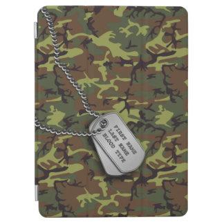Jungle Green Camo w Dog Tags iPad Air Cover