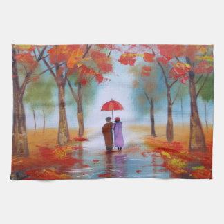 Junte caminar en un día lluvioso del otoño del toalla de mano