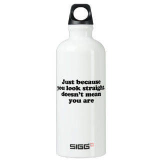 Just because you look straight doesnt' mean you ar SIGG traveler 0.6L water bottle