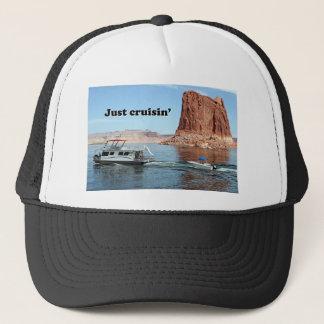 Just cruisin': Lake Powell houseboat, Arizona, USA Trucker Hat