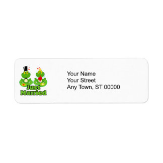 just married bride and groom froggy frogs label