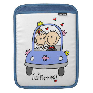 Just Married Bride and Groom T-shirts and Gifts Sleeves For MacBook Air