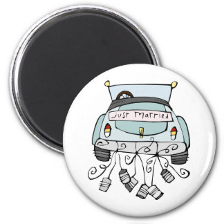 Just married car dragging cans magnet