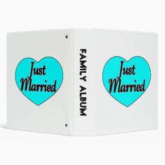 Just Married Heart Vinyl Binder