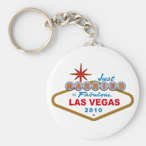 Just Married In Fabulous Las Vegas 2010 Basic Round Button Keychain