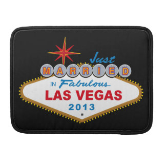 Just Married In Fabulous Las Vegas 2013 (Sign) Sleeves For MacBooks