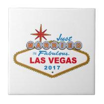 Just Married In Fabulous Las Vegas 2017 (Sign) Tile