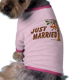 Just Married Jungle Fever Pet T-shirt