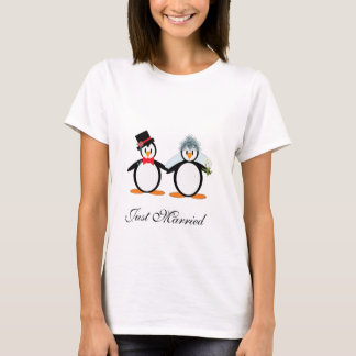 Just Married Pengos T-Shirt