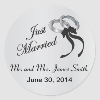 Just Married   Personalize Classic Round Sticker