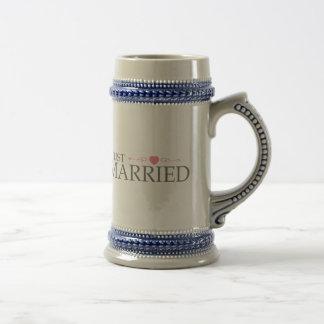 Just Married (Pink Heart Scroll) Mug