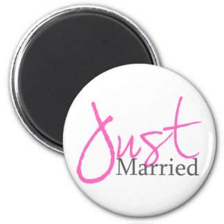 Just Married (Pink Script) Magnet