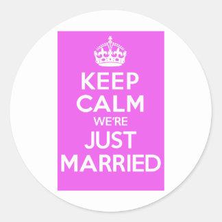 Just Married Pink Round Sticker