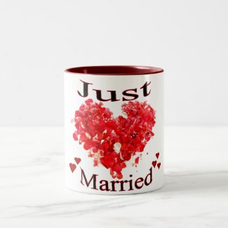 """""""Just Married"""" Red Hearts Mug"""