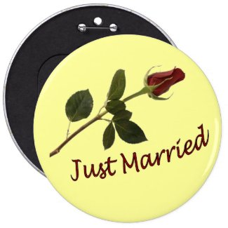 """""""Just Married"""" Red Rose Button"""