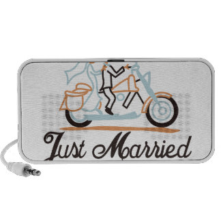 Just Married iPod Speakers