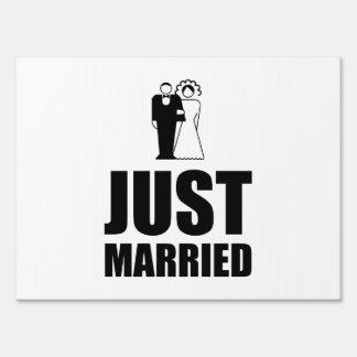 Just Married Wedding Bride Groom Lawn Sign