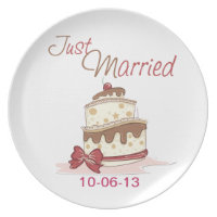 Just Married Wedding Cake Melamine Plate