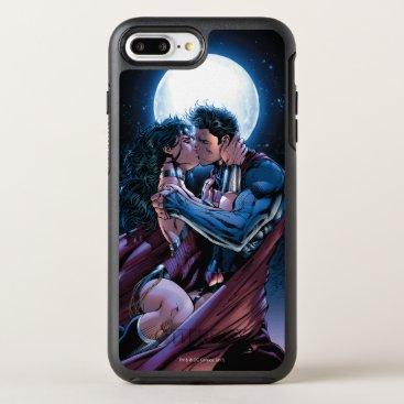 Justice League #12 Wonder Woman & Superman Kiss OtterBox Symmetry iPhone 8 Plus/7 Plus Case