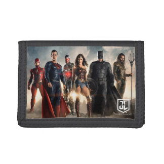 Justice League | Justice League On Battlefield Trifold Wallet
