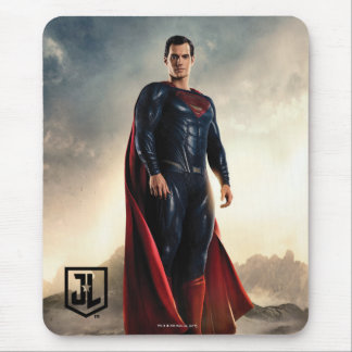 Justice League | Superman On Battlefield Mouse Pad