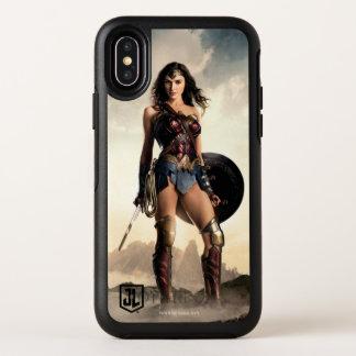 Justice League | Wonder Woman On Battlefield OtterBox Symmetry iPhone X Case