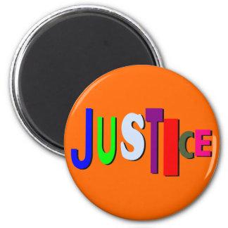 Justicia en el imán redondo B del color