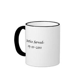 Justicia servida taza de café