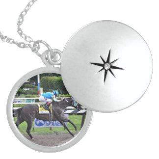 Justin Phillip captures the Vanderbilt Locket Necklace