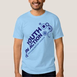 Juventud en la camiseta de la acción (muchachos) camisas