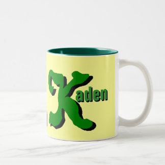 Kaden personalizó la taza conocida