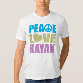 Kajak del amor de la paz playera