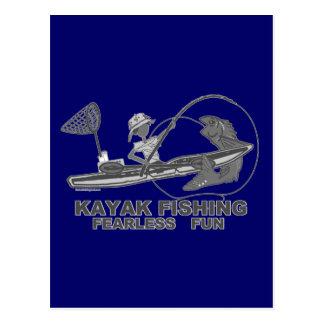 Kajak que pesca banal negro y blanco tarjeta postal