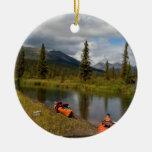Kajaks en descanso ornamento para arbol de navidad