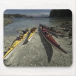 Kajaks en la isla de Dicebox, grupo de islas roto, Alfombrillas De Raton