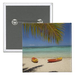 Kajaks en la playa, centro turístico isleño 2 de l pin