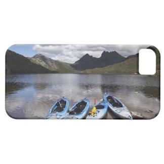 Kajaks, montaña y lago dove, cuna de la cuna iPhone 5 carcasas