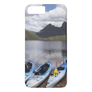 Kajaks, montaña y lago dove, cuna de la cuna funda iPhone 7 plus