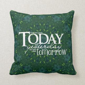 Kaleidoscope Kreations LOVE Verse Pillow