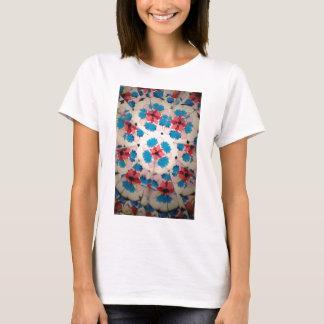 kaleidoscope pink white and blue pattern T-Shirt