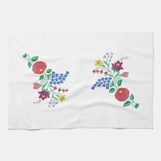 Kalocsai Flower Stem Hand Towel