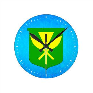 Kanaka Maoli Round Clock