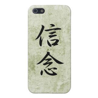 Kanji japonés para la creencia - Shinnen iPhone 5 Funda