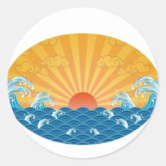 Kanjiz illustration : the rising sun and rough sea classic round sticker