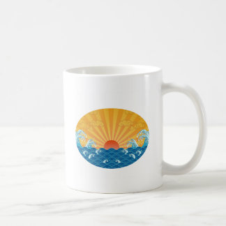 Kanjiz illustration : the rising sun and rough sea coffee mug
