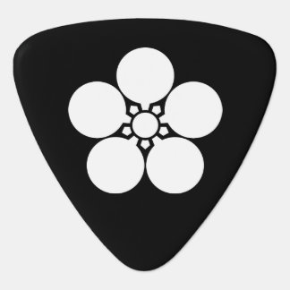 Kanke umebachi guitar pick