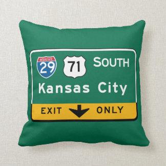 Kansas City, KS Road Sign Throw Pillow