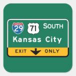 Kansas City, señal de tráfico del MES Pegatina Cuadrada
