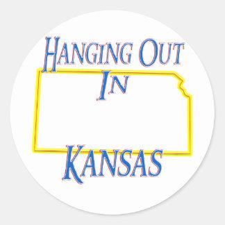 Kansas - colgando hacia fuera pegatina redonda